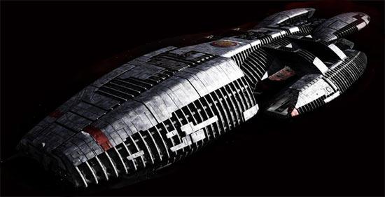http://kaispace.files.wordpress.com/2011/01/battlestar-galactica-ship.jpg